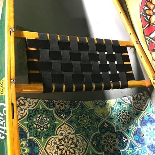canoe_seat