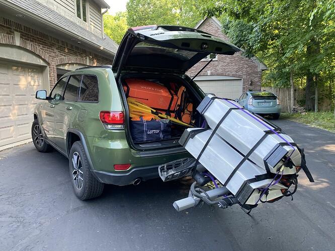 jeep-kayaking